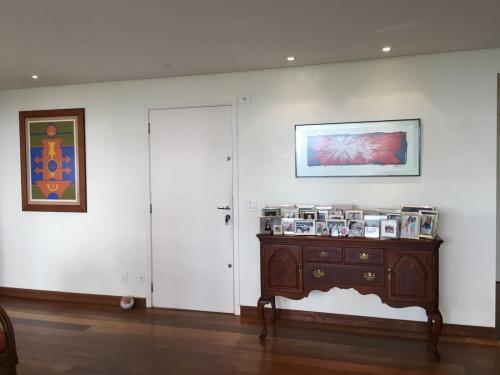 Sala de Estar - Apartamento na Chacara Santo Antônio São Paulo (3)