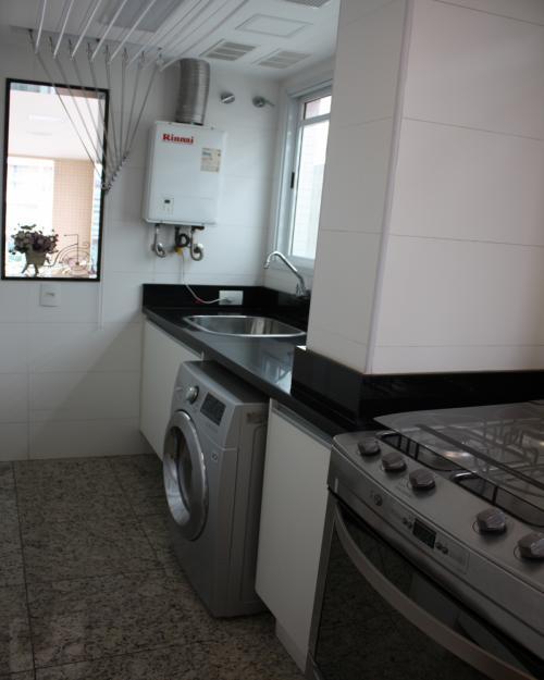 Cozinha e área de Serviço - Apartamento em Icaraí Niterói (25)