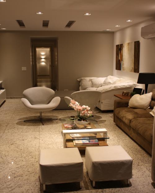 Sala de Estar e detalhe da  Circulação - apartamento em Icaraí Niterói (7)